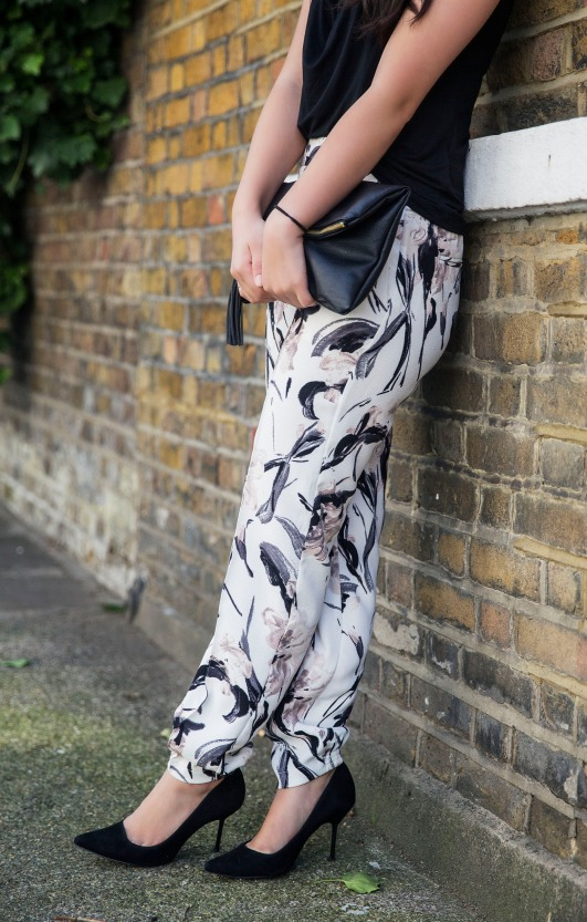 The Printed Joggers 7