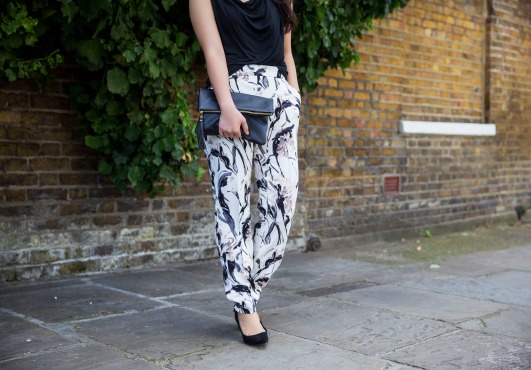 The Printed Joggers 9